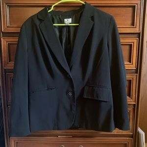 Worthington Black Blazer with Functioning Pockets